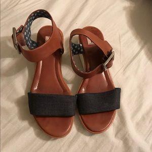 ED Ellen Degeneres Sandals